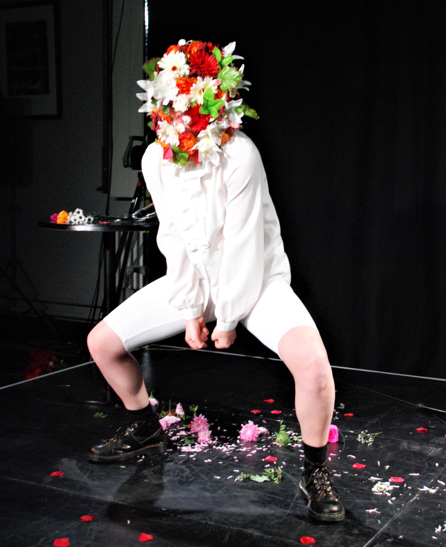 Amy Toner Starting Points Sussex Dance Network. Image credit Tim Garrod